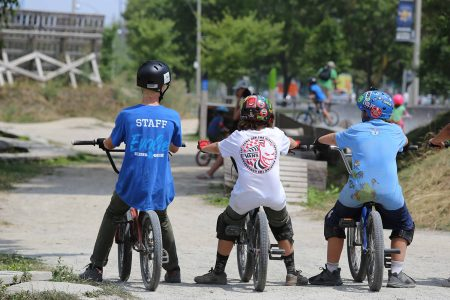 evolvecamps-programs-biking-bmx2